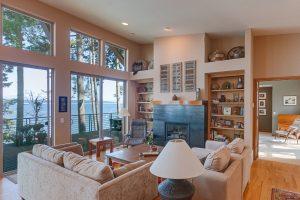 1103 Living Room