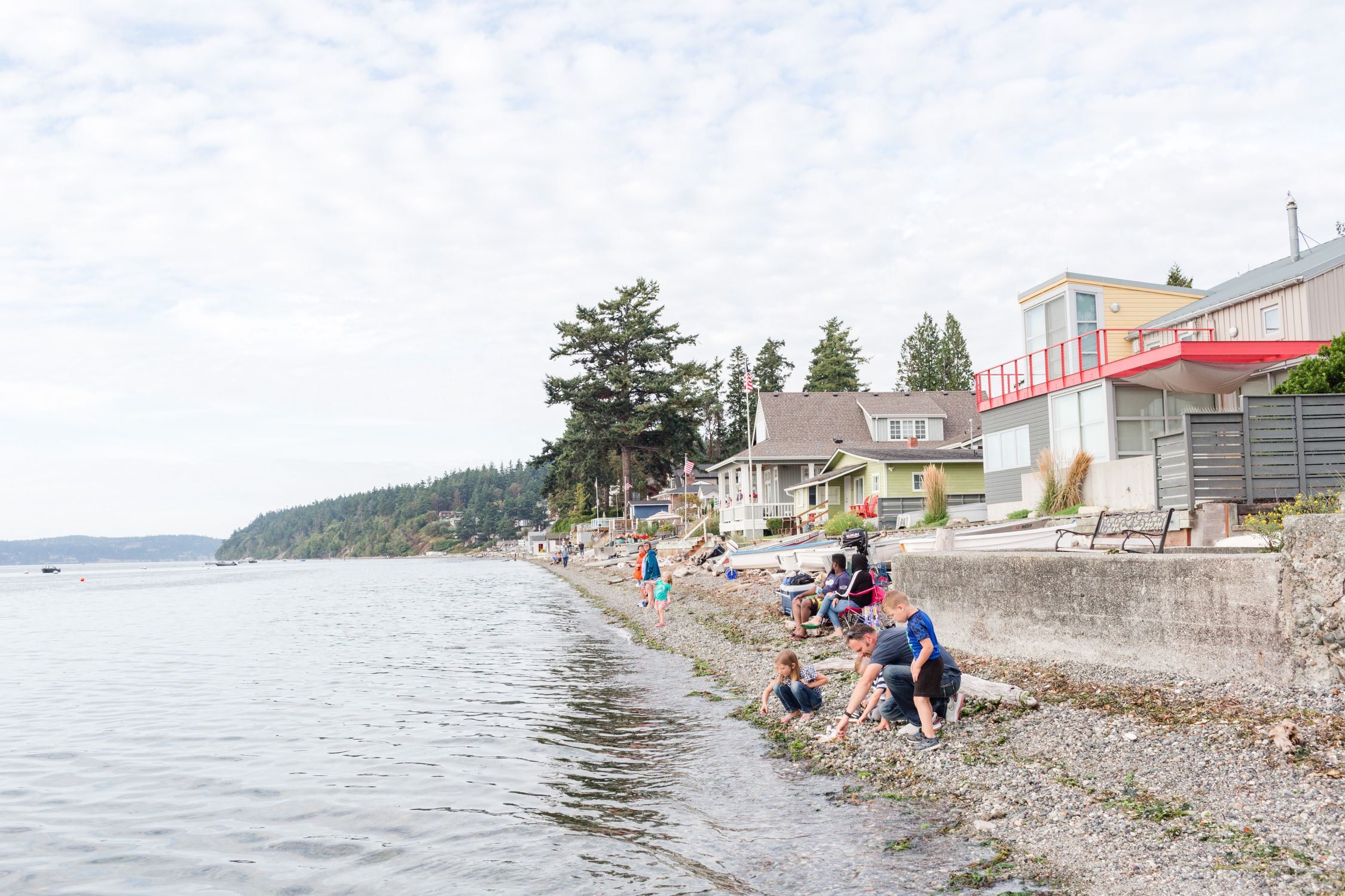 "<a href=""http://stanwood-camano-windermere.withwre.com/madrona-beach""><h4>Madrona Beach</h4>Camano Island</a>"