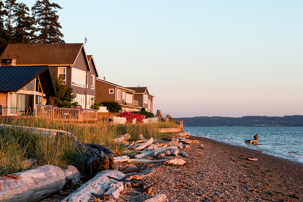 "<a href=""https://stanwood-camano-windermere.withwre.com/mabana""><h4>Port of Mabana</h4> Camano Island</a>"