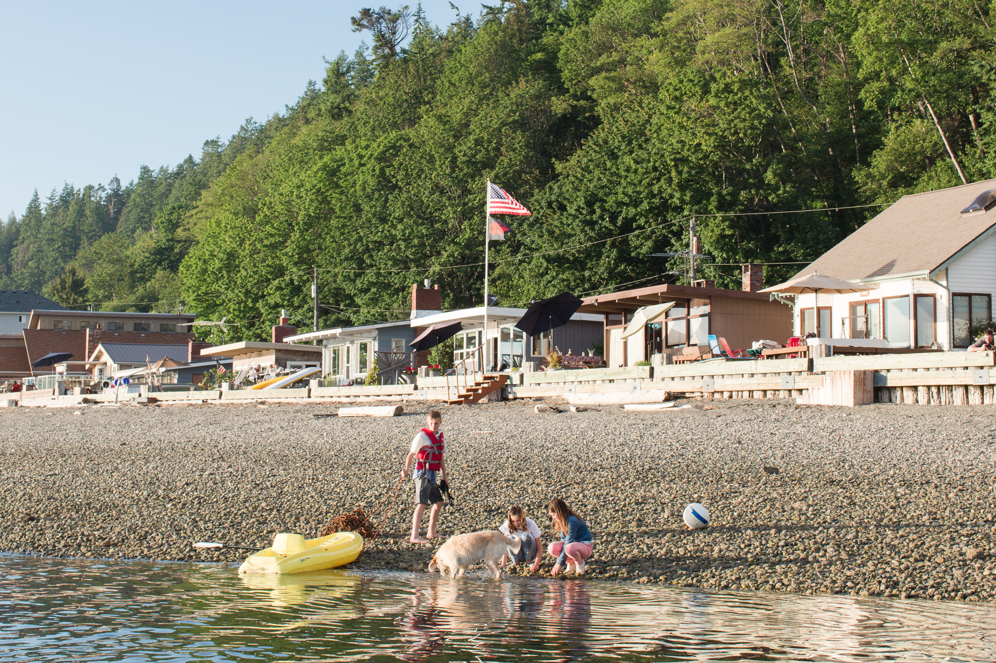 "<a href=""http://stanwood-camano-windermere.withwre.com/mckees-beach""><h4>McKees Beach</h4>Stanwood</a>"